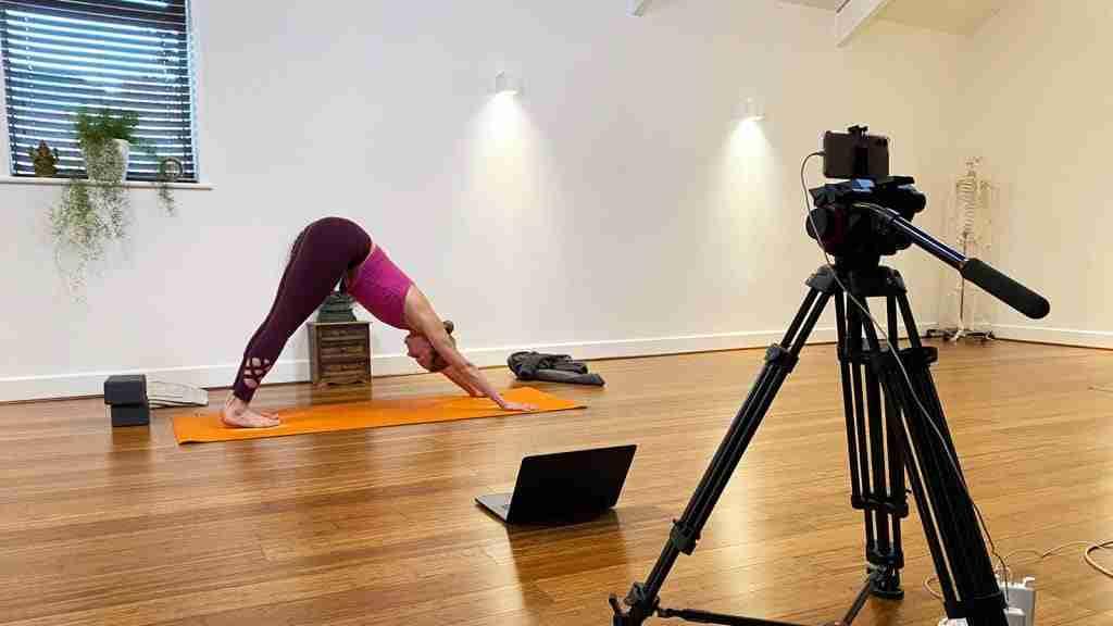 live stream yoga classes exeter